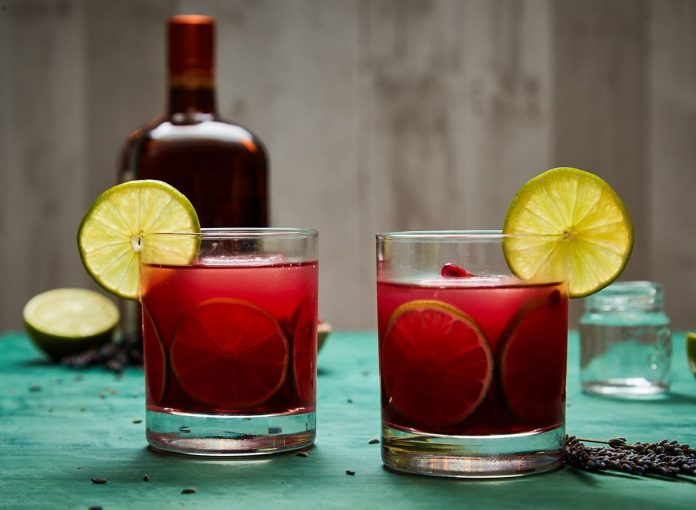 Low-Sugar Pomegranate Margarita Recipe