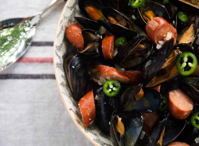 Mussels with Chorizo and Beer Recipe