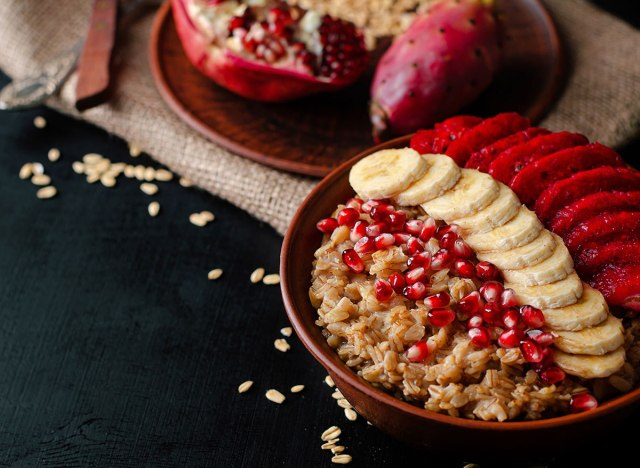 pomegranate seeds oatmeal