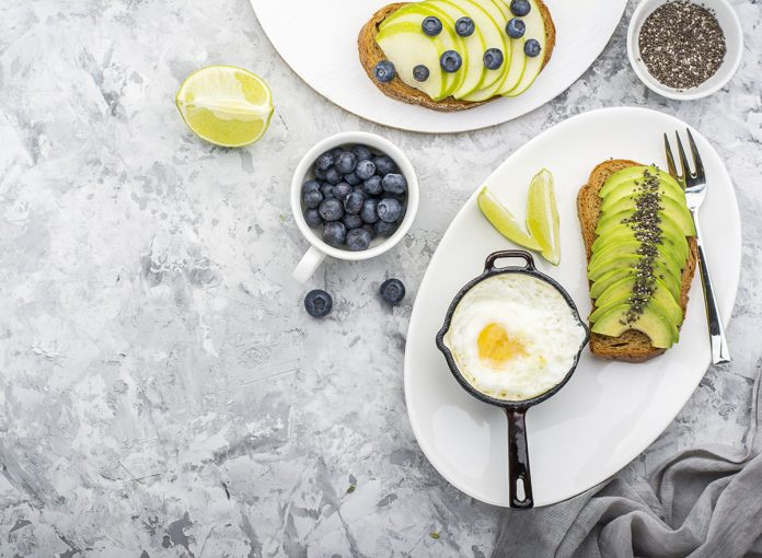 The One Breakfast Trick for a Flat Belly All Day, Say Experts