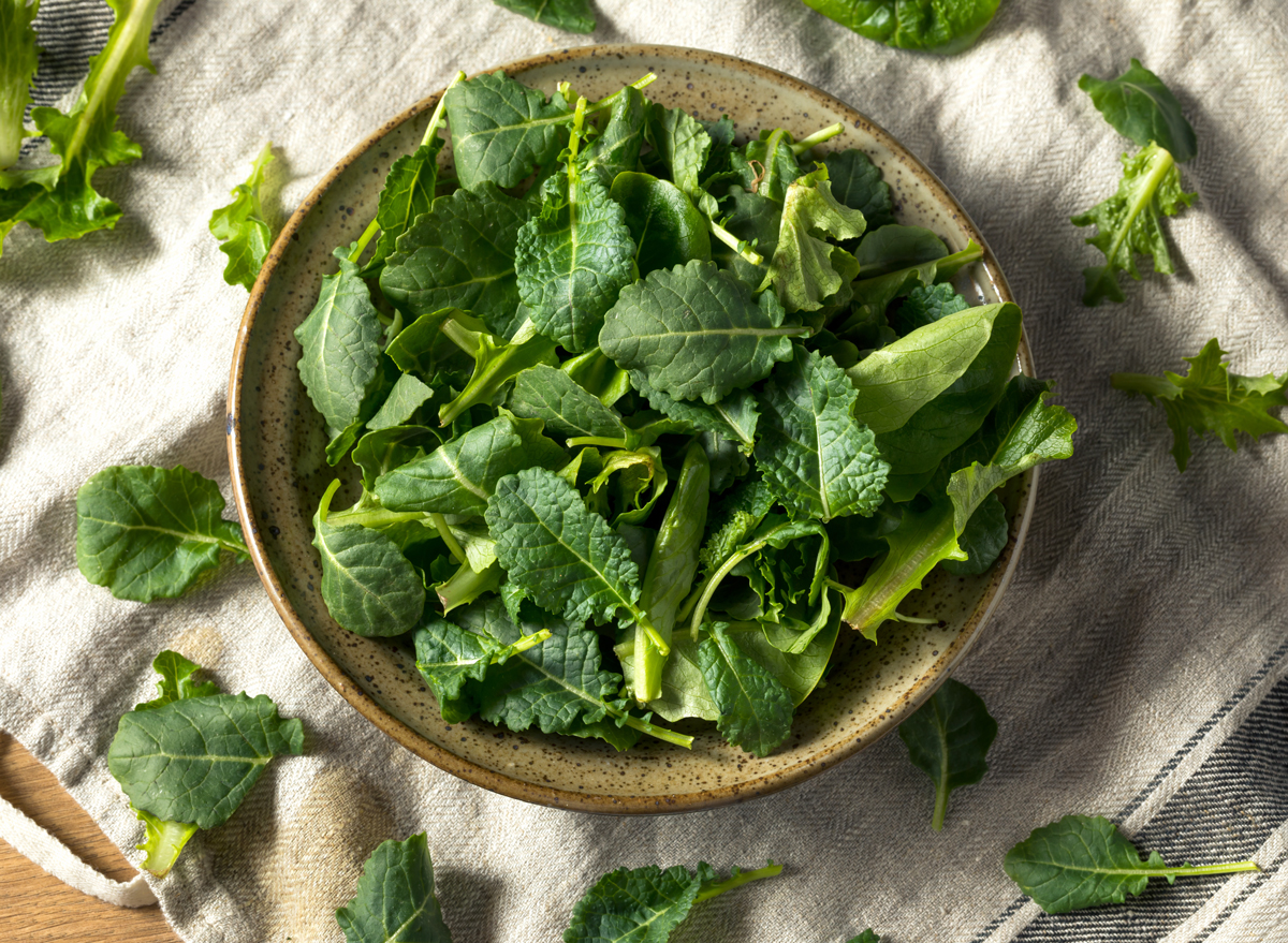 leafy greens kale spinach