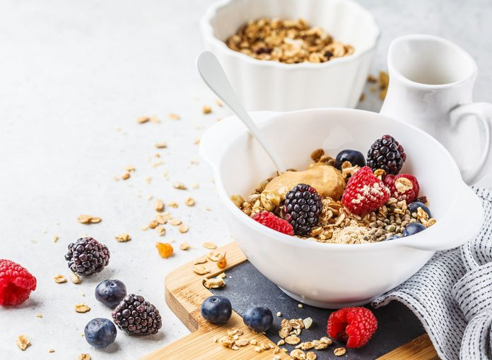 What Happens to Your Heart When You Eat Oatmeal