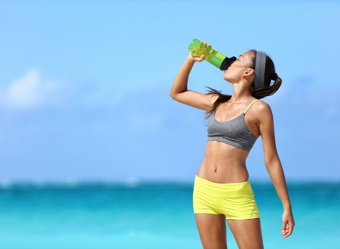 The 3 Best Drinks to Speed Up Your Metabolism, According to Experts