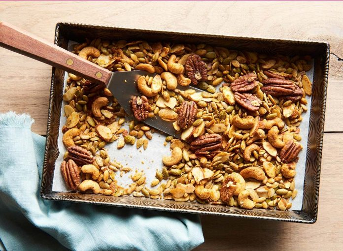 This Seasoned Nut Mix Recipe Can Help You Lose Weight